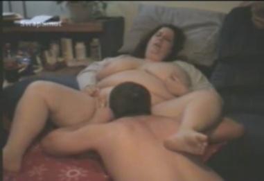 Толстая жена кончает от куни